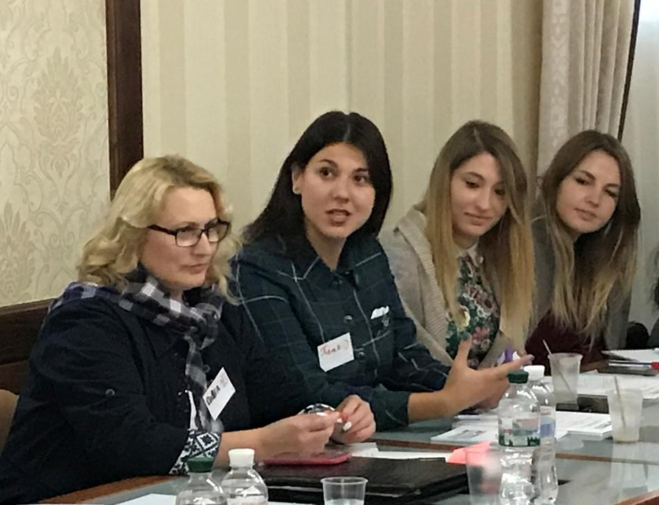 "​On September 29, 2017, training ""Women - Leaders of Changes in Local Communities"" took place for the representatives of Khmelnytskyi and Ternopil obl"